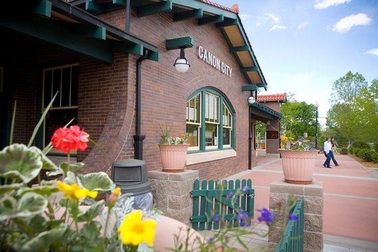 Royal Gorge Route Railroad: The Santa Fe Depot in Canon City, CO