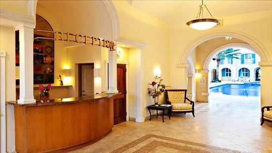 Villa Renaissance: Reception