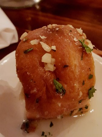 Weaverville, NC: Garlic and Herbs Rolls