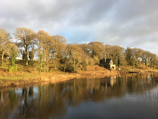 Newtownbutler, UK: Boat house on the edge of Upper Lough Erne.