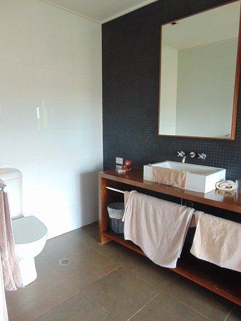 Национальный парк Мэри-Ривер, Австралия: Lovely spacious bathroom