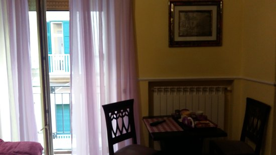 Bed and Breakfast Del Corso: 20170102_095848_large.jpg