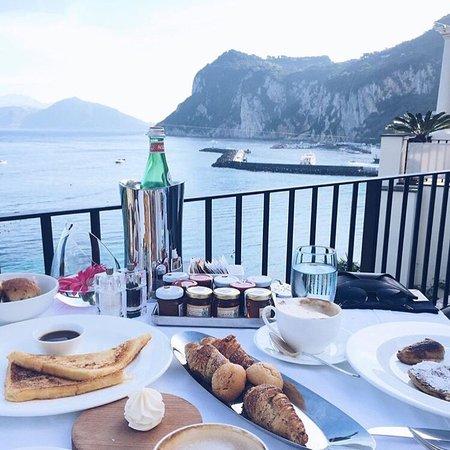 J.K. Place Capri: Posto paradisiaco. Tutto perfetto: posizione, camere, personale, cibo... consigliatissimo