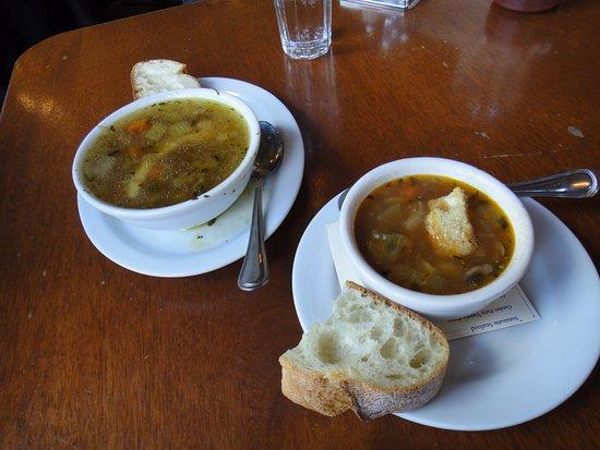 Lafayette, CA: Les soupes excellentes !!!!!