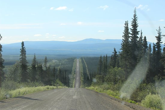 Coldfoot, AK: more road