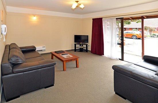 Mosgiel, New Zealand: One bedroom unit lounge layout.