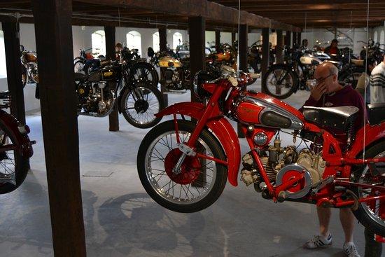 Egeskov Slot: Museo de motos