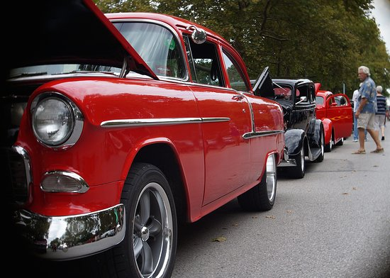Lawrence, KS: Rev It Up Car Show