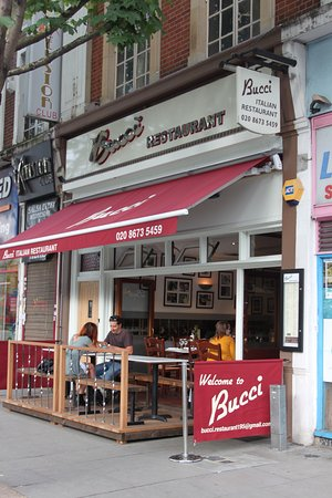 Bucci S Pizza Restaurant
