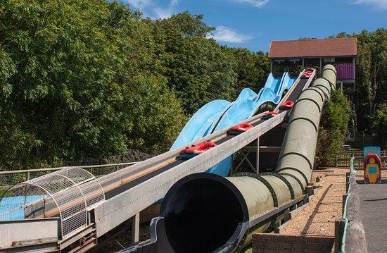 Ventnor, UK: Water slides