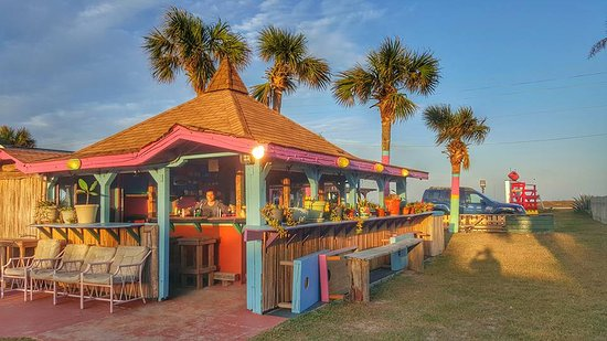 Si Como No Inn: Enjoy a relaxing evening in the Tiki where you can cook and serve your own meals!!!