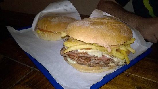 Paninoteca Kamelot: I panini di Stefano si commentano da soli per quanto sono buoni.