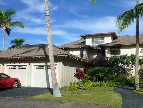 Golf Villas Mauna Lani: Eingang zum Condo H2 mit zugehöriger Garage
