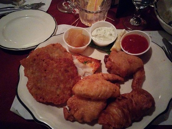 Hubertus, WI: The Seafood platter