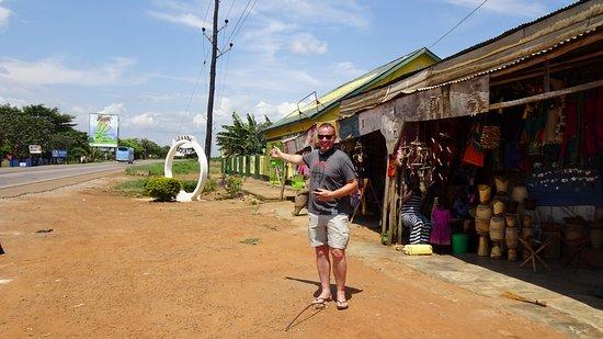 Central Region, Uganda: Actual equator measured via GPS