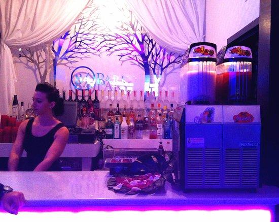 Bergenfield, NJ: Double flavor frozen drink maker in Stamford, CT