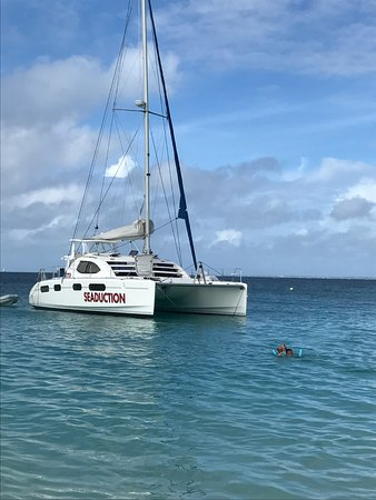 Private Yacht Charter SXM - Day Trips: Seaduction at Tintamarre