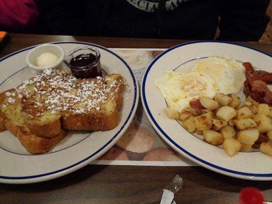 Uniontown, PA: breakfast