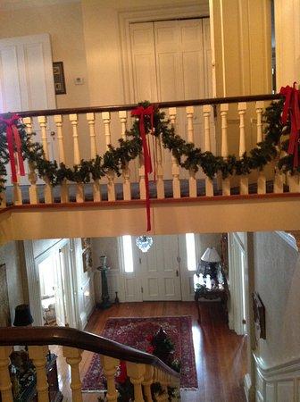 Anniston, AL: Christmas railing