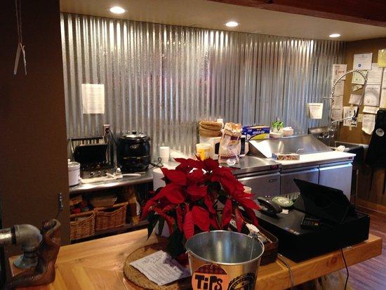 Coupeville, WA: The kitchen