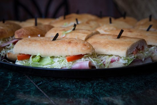 Camp Hill, Pensilvania: Sandwich Trays for meeting or personal events