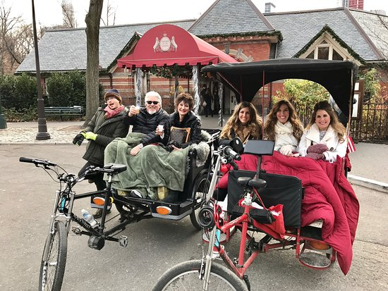 ‪Madison and Park Pedicab Tours of Central Park‬