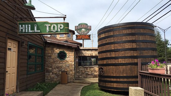 Stevens Point, WI: Hilltop Pub and Grill