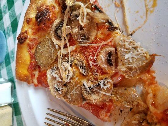 New York Pizza Department - N.Y.P.D.: 20170103_142112_large.jpg