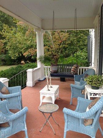Anniston, AL : Side Porch