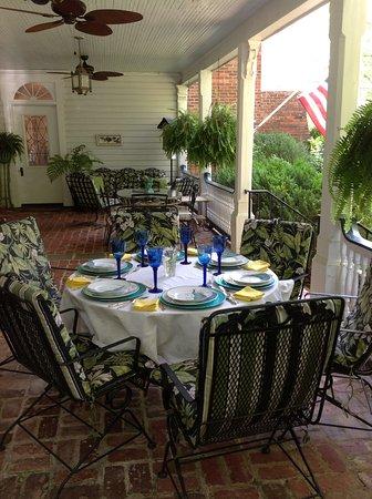 Anniston, AL : Back Porch