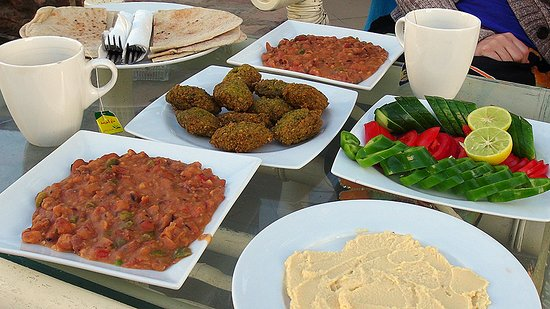 Dahab Divers South Sinai Hotel & Dive center: Egyptian breakfast by Wael !