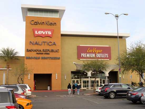 ccce22559b8e7 Las Vegas Premium Outlets - South  Got everything I wanted in the Levi s  store -