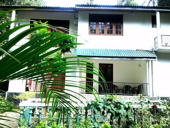 Kandy City Elephant Hostel