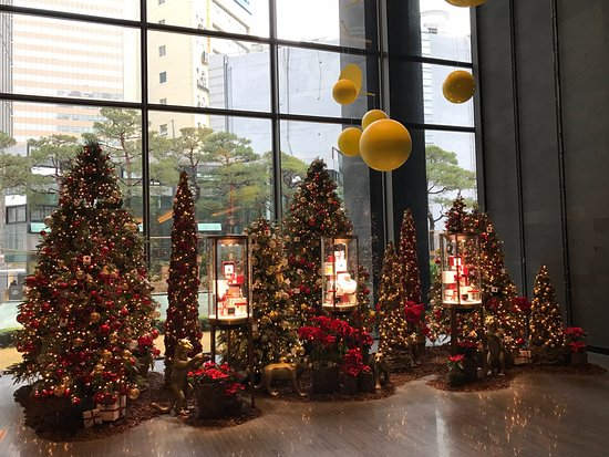 four seasons hotel seoul christmas decorations