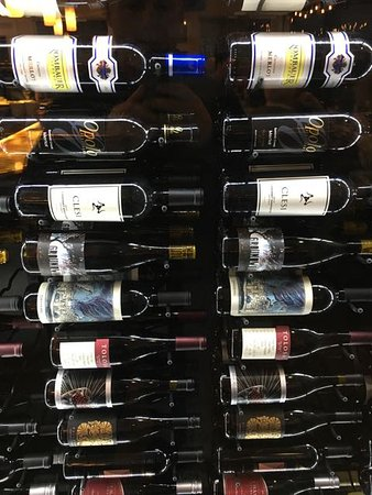 Avila Beach, Kalifornien: Wine Collection