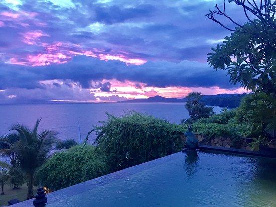 Shunyata Villas Bali: Sunset from our villa with private pool