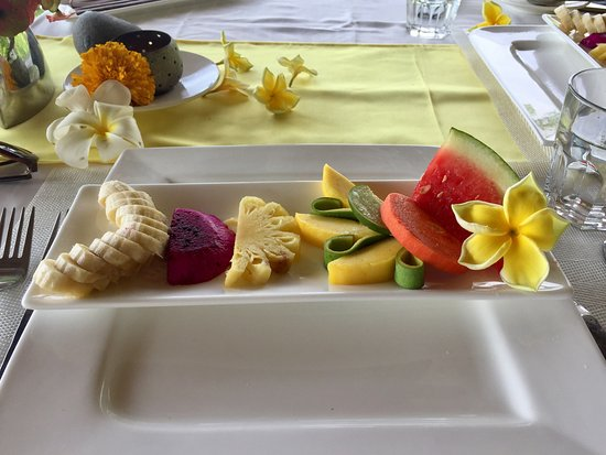 Seraya, Indonesia: Fruits at breakfast