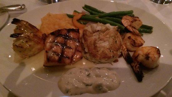 McCormick & Schmick's Seafood: IMAG9086_large.jpg
