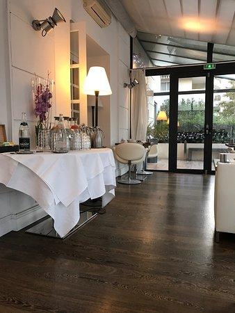 Hotel Le Canberra: photo1.jpg