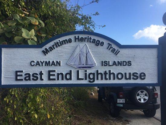 East End Lighthouse Park: Road side sign