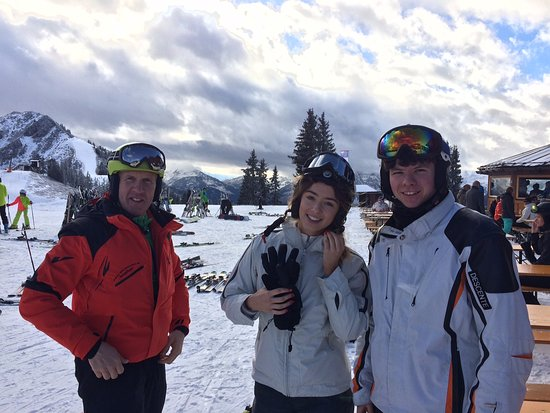 Pro-Skischule: Walter - Westendorf's top Ski Instructor with Ciara and Sam from Ireland at Talkaser, Westendorf