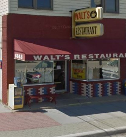 Caseville, MI: Walt's Restaurant (from ThumbWind.com)