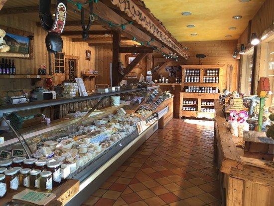 Cluses, فرنسا: La Boutique