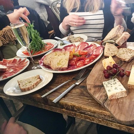 Friends of Ham: Sharing Platters