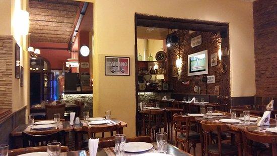 General Rodriguez, Argentina: Vista del salón