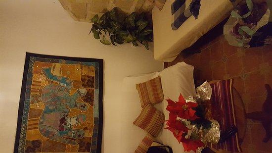 Apartamentos El Patio Andaluz: IMG-1483043155024-V_large.jpg