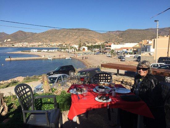 La Azohia, Spanien: Fantastisk beliggenhed og god fisk