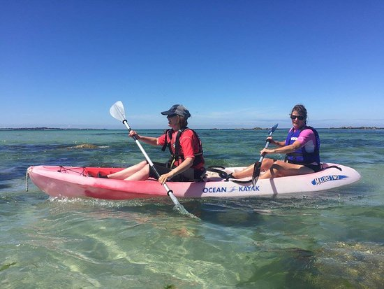 Saint Saviour, UK: Kayaking around Herm! Head to our website for more info - www.outdoorguernsey.co.uk