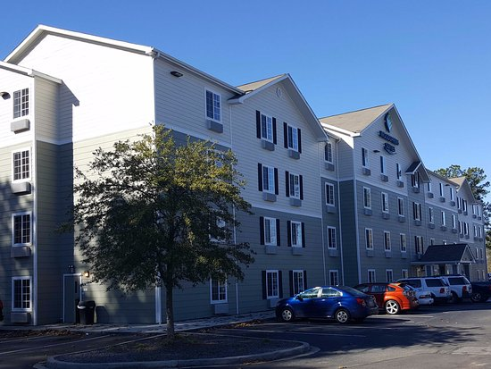 WoodSpring Suites Charleston Ashley Phosphate