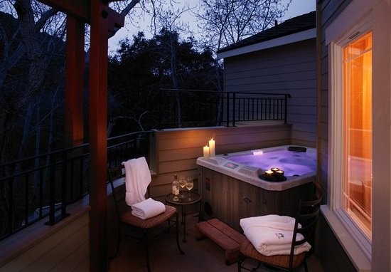 Avila Beach, Kalifornien: Deluxe Room with private Outdoor Hot Tub